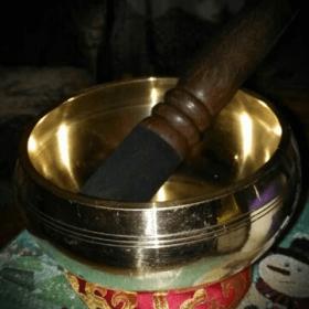 Bol chantant tibétain martelé à la main - 4 notes de musiques au choix