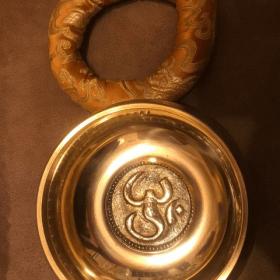 Bol Chantant Tibétain Doré Mantra